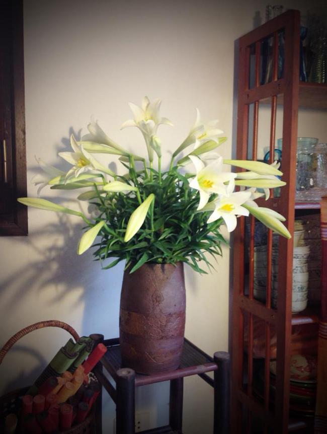 Bình hoa của chị Đặng Tố Nga - một nữ kiến trúc sư say mê nữ công gia chánh
