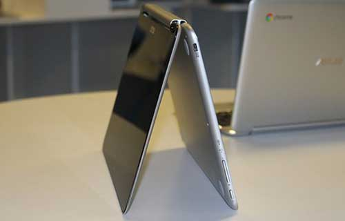 chromebook dau tien man hinh lat 360 do - 2