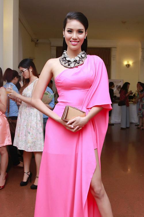 lan khue duoc danh gia cao tai miss world - 11
