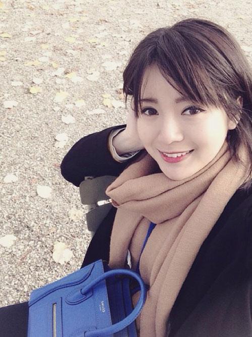 'hot girl mu' xinh ngat ngay gay 'bao' cong dong mang - 14