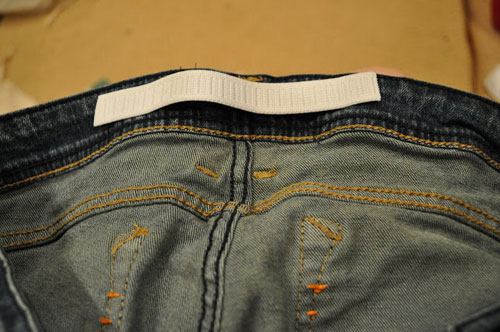 meo doi pho voi quan jeans bi chat va gian rong - 5