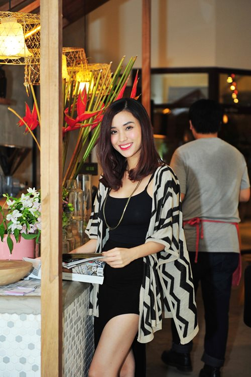 trinh kim chi van thon gon du 'bung bau' 7 thang - 13