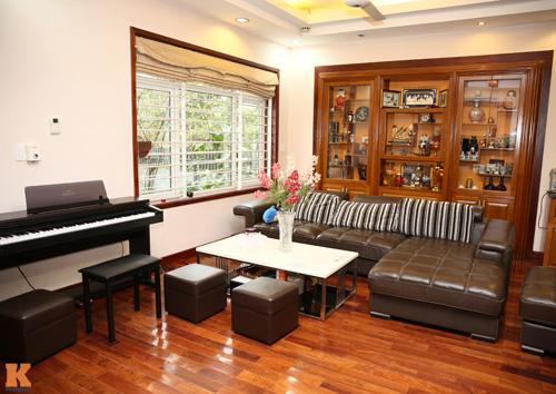 Phòng khách nhà sao Việt - đơn giản mà vẫn sang-1