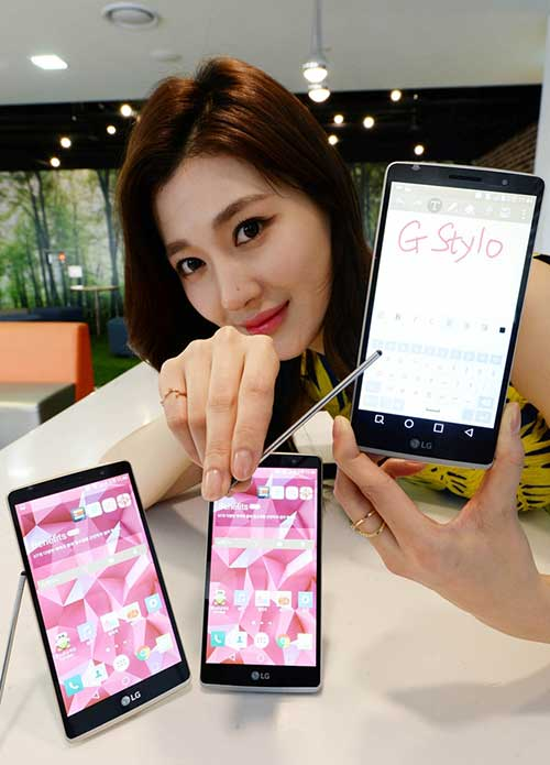 lg ra mat smartphone tam trung ho tro but cam ung g stylo - 4