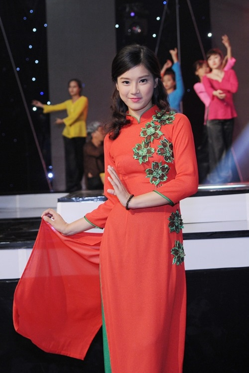 yen trang khong the roi mat khoi huong giang idol - 4