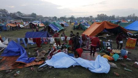 tham hoa dong dat nepal: bac si dung nam dam cuu nguoi - 2