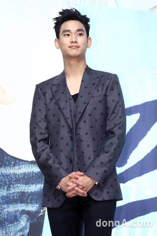 "kim hyun joong ""xuong sac"" ngay nhap ngu - 10"