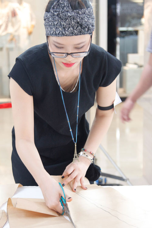 project runway 2015: lo dien 3 thi sinh nu xinh nhu hot girl - 11