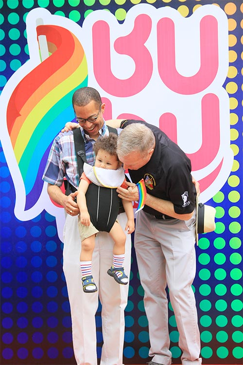 hang tram ban tre nhay flashmob ung ho nguoi dong tinh - 7