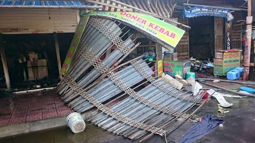 ha noi: chay cho phung khoang, 3 nguoi nhap vien - 1