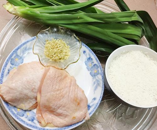 Cơm gà lá dứa ngon mê cho bé yêu - 1