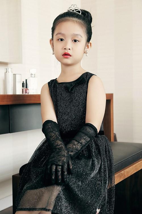 Mê mẩn ngắm bé gái Việt đẹp như biểu tượng thế giới-2