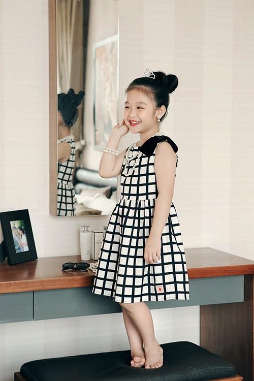Mê mẩn ngắm bé gái Việt đẹp như biểu tượng thế giới-3