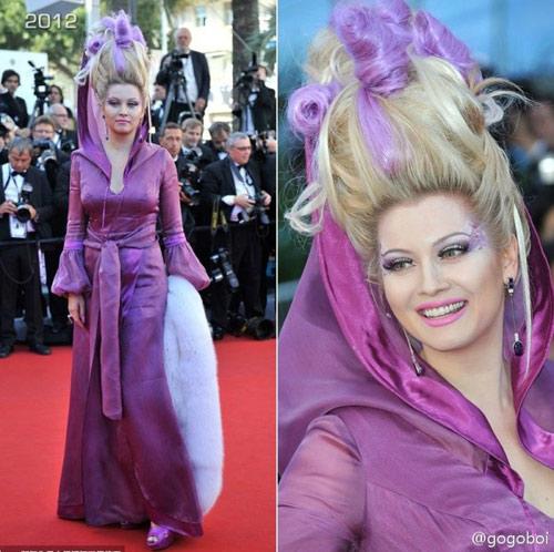 """Cười té ghế với """"thảm họa"""" tóc của sao Nga tại Cannes-15"""