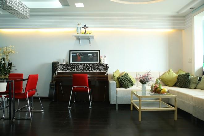 Phòng khách nhà sao Việt - đơn giản mà vẫn sang-13