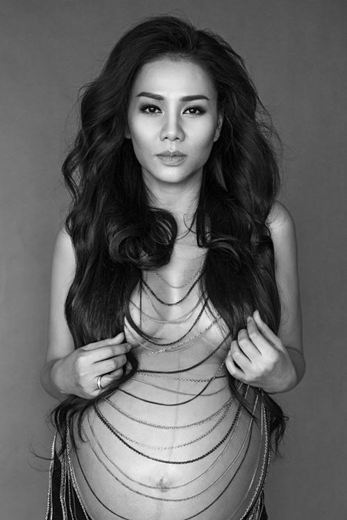 Thu Minh bán nude khoe bụng tròn xoe trước ngày lâm bồn-3