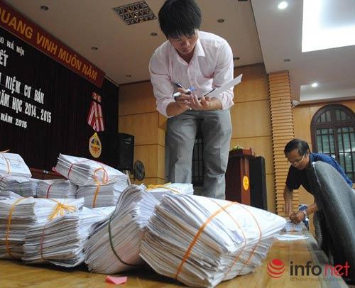 Kỳ thi THPT quốc gia: Hà Nội bàn giao hồ sơ tới các cụm thi-2