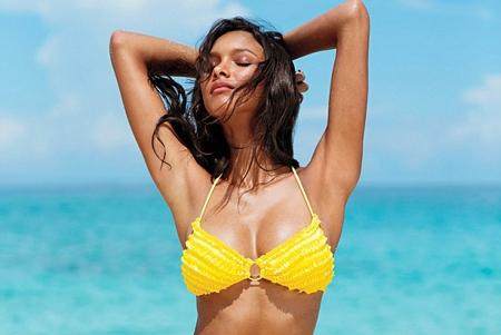 bi quyet chon bikini phu hop voi mau da - 1