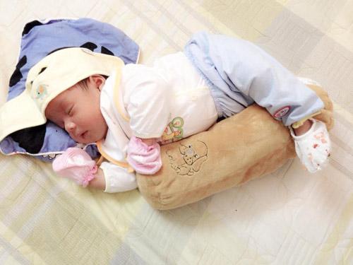 """Chiêu giảm eo sau sinh 1 tháng của nữ DV """"Mưa bóng mây""""-8"""