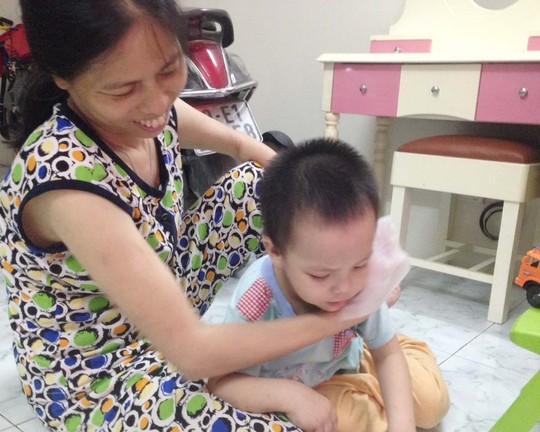 canh bao doc chat tu khan giay uot - 1