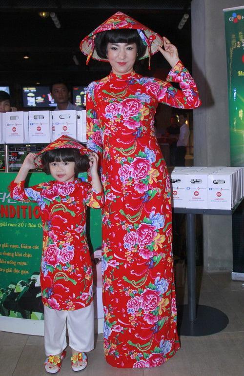 thuy nga lan dau khoe con gai 4 tuoi tai su kien - 3