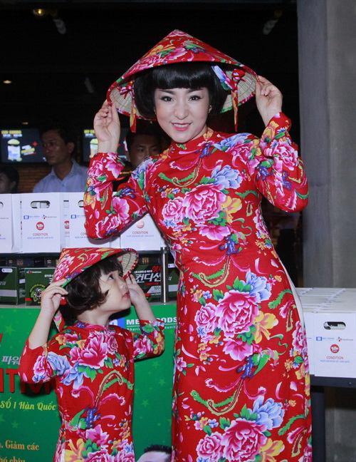 thuy nga lan dau khoe con gai 4 tuoi tai su kien - 4