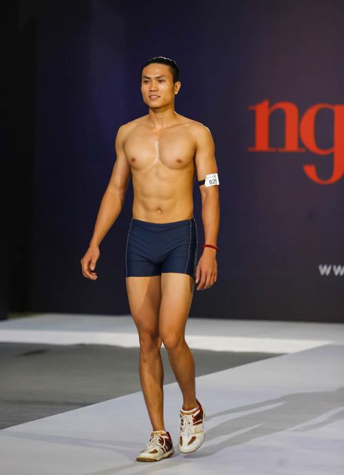 """thanh hang nguong ngung truoc thi sinh nam """"sieu vong 1"""" - 5"""