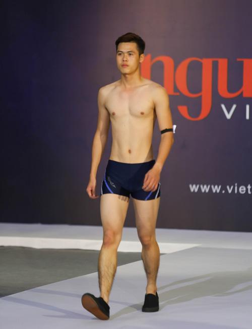 """thanh hang nguong ngung truoc thi sinh nam """"sieu vong 1"""" - 19"""