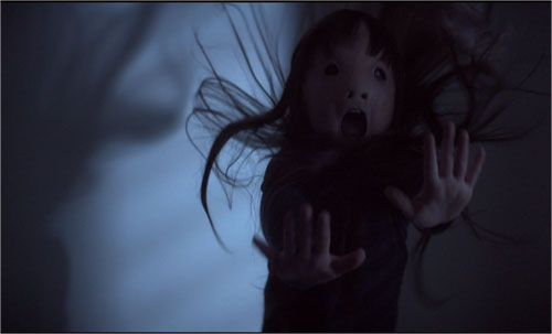 "nhung yeu to dang so nhat cua ""yeu tinh"" - ""poltergeist"" - 4"
