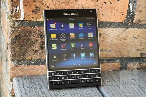 9 smartphone cao cap ho tro the nho microsd - 1