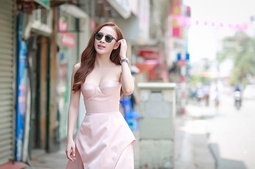 angela phuong trinh vai tran nuot na tai ha noi - 2