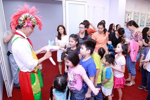 doc dao le hoi cung an chay phien ban 1/6 danh rieng cho tre - 3