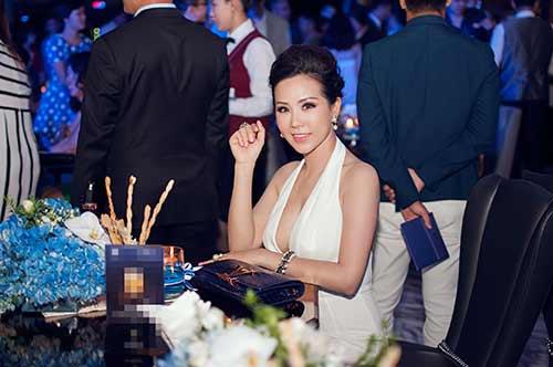 Hoa hậu Thu Hoài gợi cảm bên Mr Đàm-8