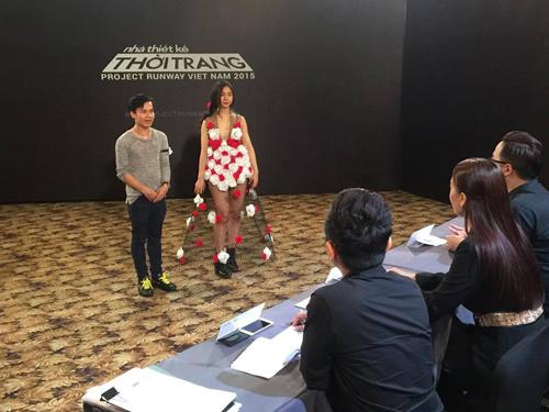 """tung leo tiet lo nhung pha """"gay can"""" cua project runway 2015 - 9"""