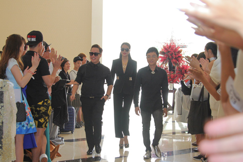 """tung leo tiet lo nhung pha """"gay can"""" cua project runway 2015 - 1"""