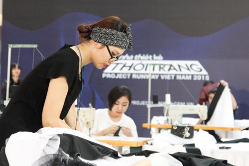 """tung leo tiet lo nhung pha """"gay can"""" cua project runway 2015 - 8"""