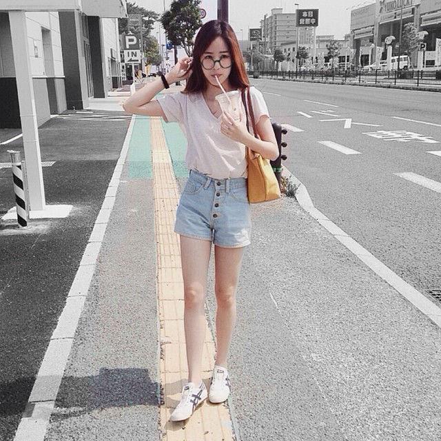"""hot girl thai lan """"xinh nhu mong"""" khien dan cu mang chao dao - 14"""