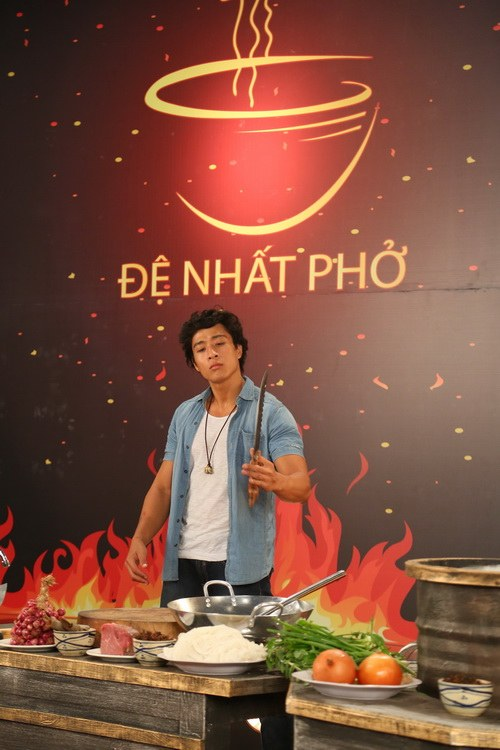 "diem my 9x chia se vai dien ""gap la om hon"" linh son - 5"