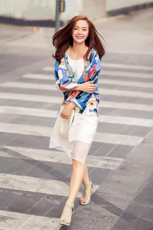 "3 nguoi dep showbiz ""nghien"" chup anh streetstyle - 4"