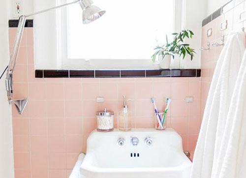 Mẹ khéo tay làm mới không gian phòng tắm-2