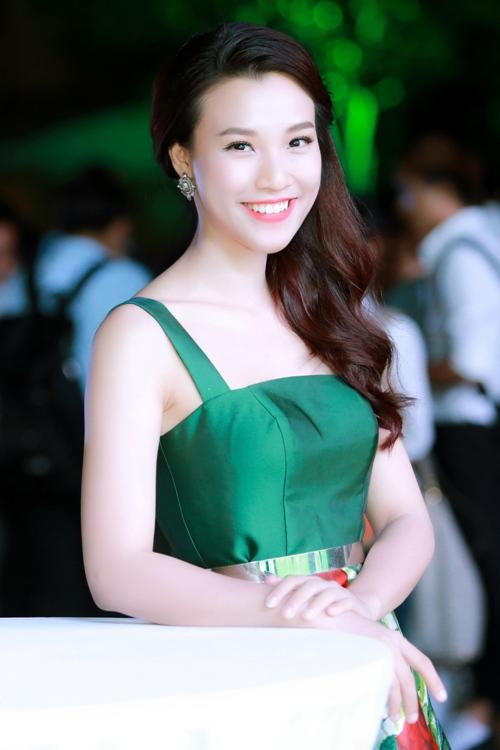 chi pu than thiet khoac vai khi tai ngo hari won - 8