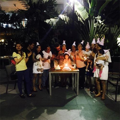 Con gái Đoan Trang xinh xắn đón sinh nhật 2 tuổi-7