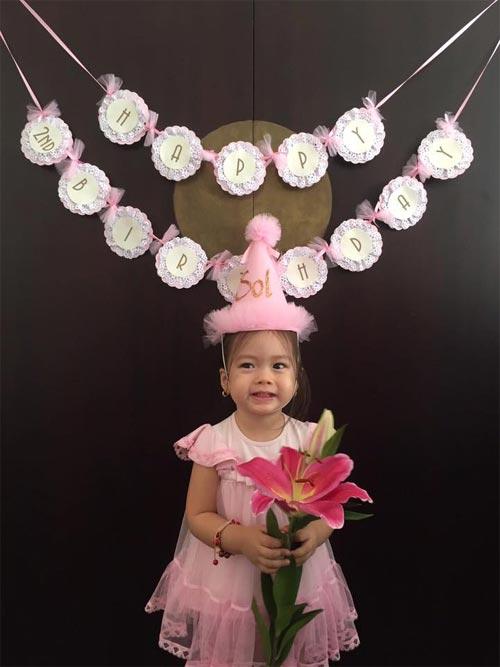 Con gái Đoan Trang xinh xắn đón sinh nhật 2 tuổi-2