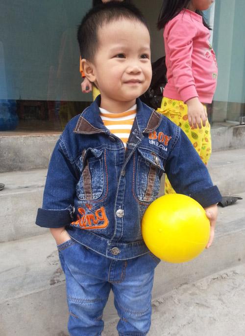 dang bao nam - ad21740 - 3