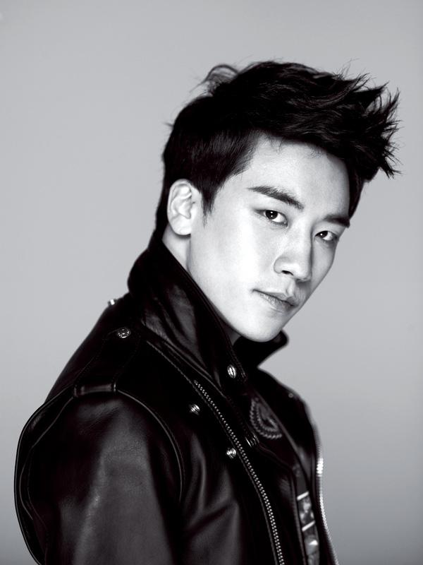 Á hậu Tú Anh khoe ảnh chụp cùng Seungri (Big Bang)-8