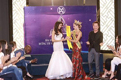 Lan Khuê được chủ tịch Miss Grand International mời thi hoa hậu-6