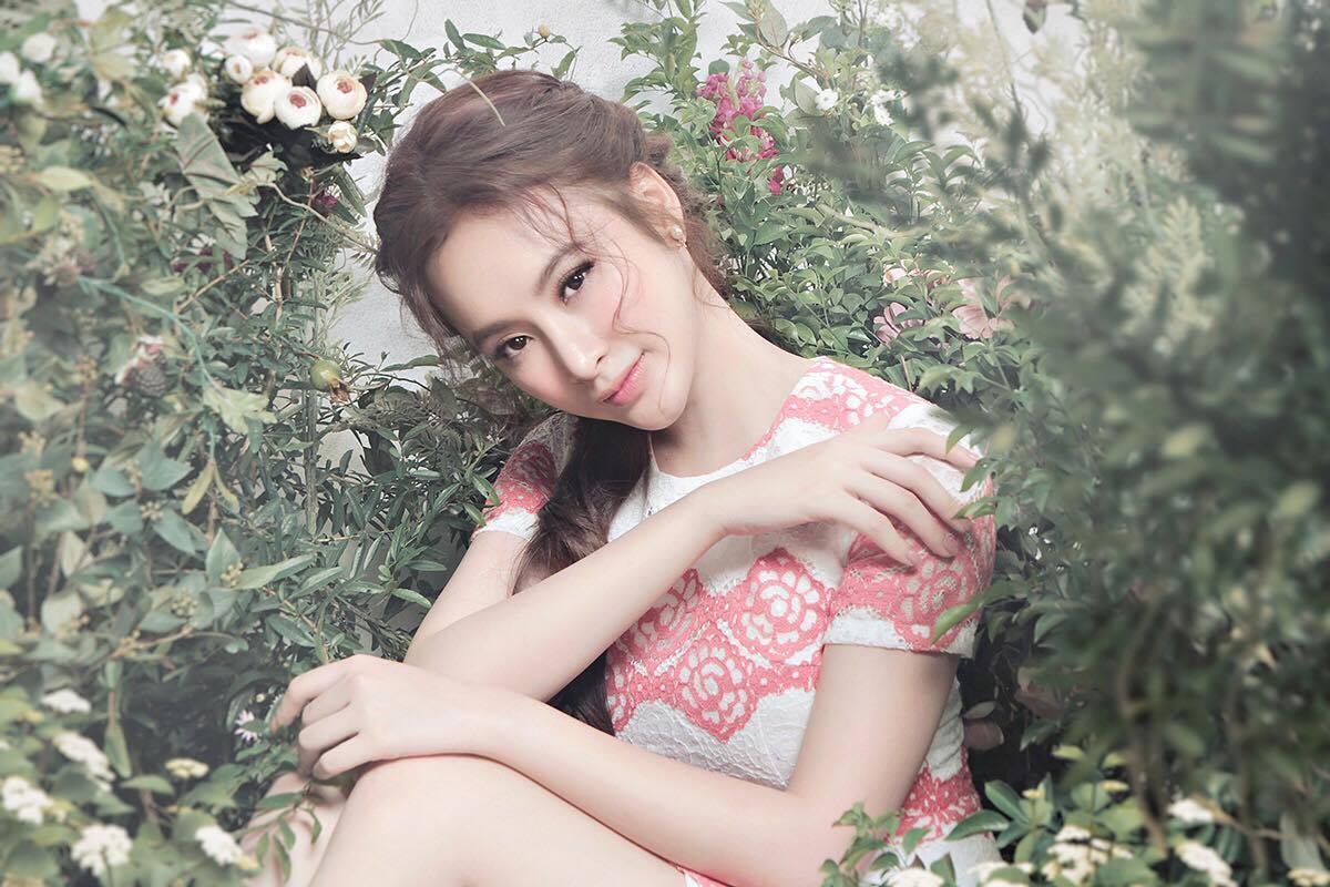 """""""Ám ảnh"""" vì vẻ đẹp tinh khiết của Angela Phương Trinh-1"""