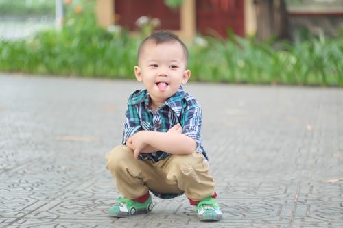 "nguyen phuc khang - ad21741 - ""chang trai"" song tinh cam - 2"