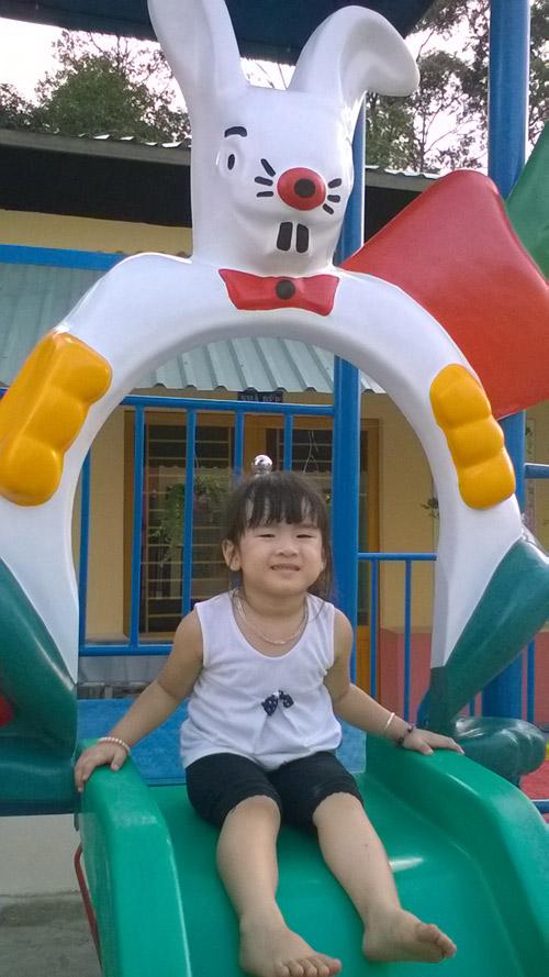 ngo hoang ngoc khanh - ad85346 - co nang so gian - 3