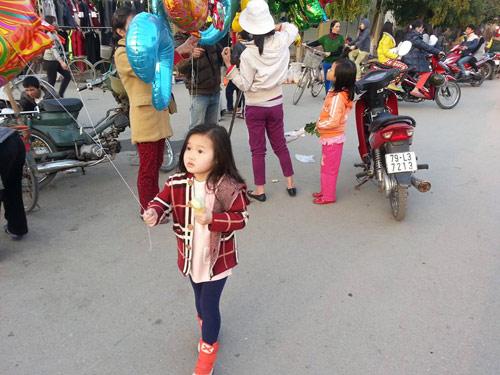 dang nguyen lan chi - ad11227 - toc may ma hong - 2